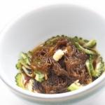 ゴーヤーとモズクの酢の物 - 沖縄料理レシピなら おきレシ
