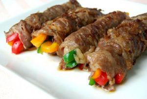 牛肉のピーマンパプリカ3色巻き