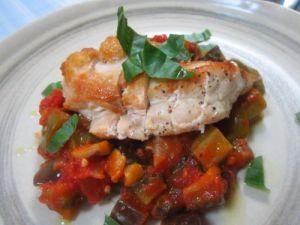 若鶏胸肉ソテーと島野菜のラタトゥイユ