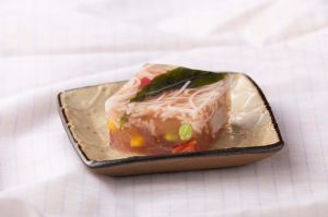 季節野菜と素麺の寒天よせ