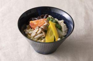 野菜たっぷりゆし豆腐サンラータン麺